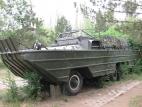 轮式水陆装甲输送车